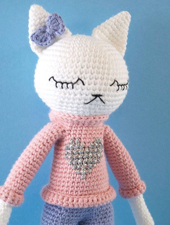 Amigurumi Kitty Cat In A Sweater Shorts And Boots Lexie A Mi Dog