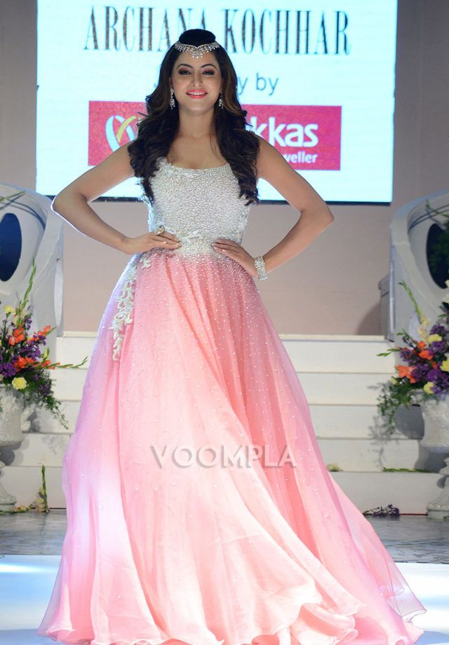 Urvashi glams up the ramp in Archana Kochhar wedding gown as showstopper