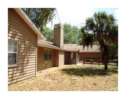 8310 Lightfoot Dr Nokomis Fl 34275 Condos For Rent Renting A House Outdoor Decor