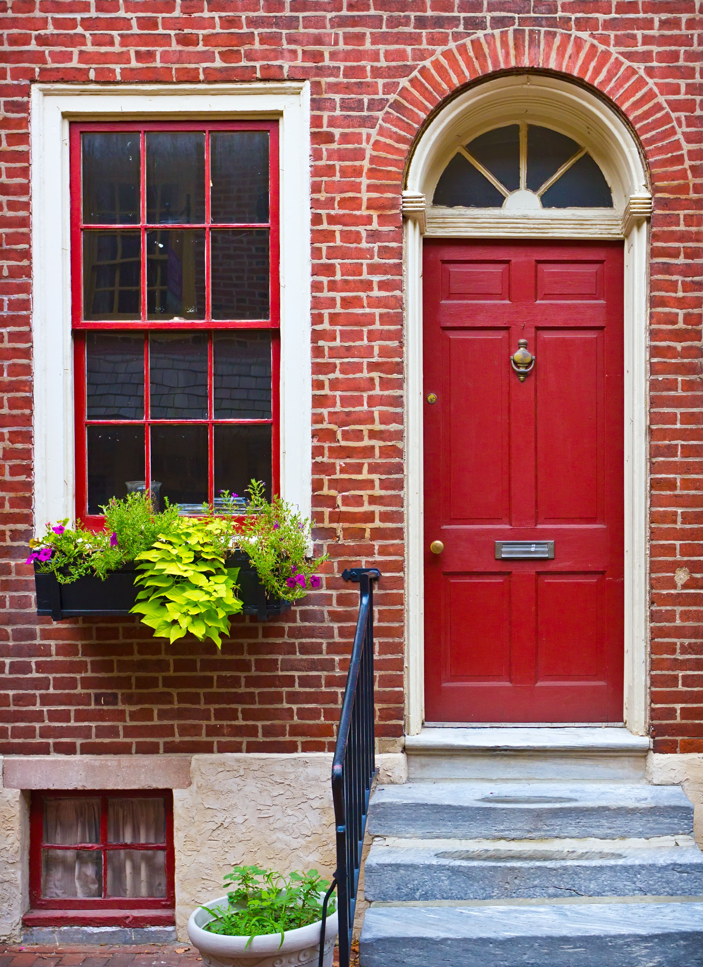 Frontdoor London Red Door Colors In 2018 Pinterest Doors