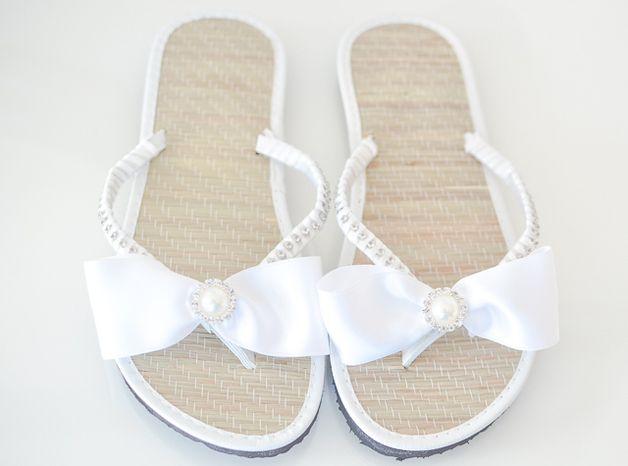 Accessoires - Braut Zehentrenner, Sandalen für Strandhochzeit - ein Designerstück von little-pink-butterfly bei DaWanda