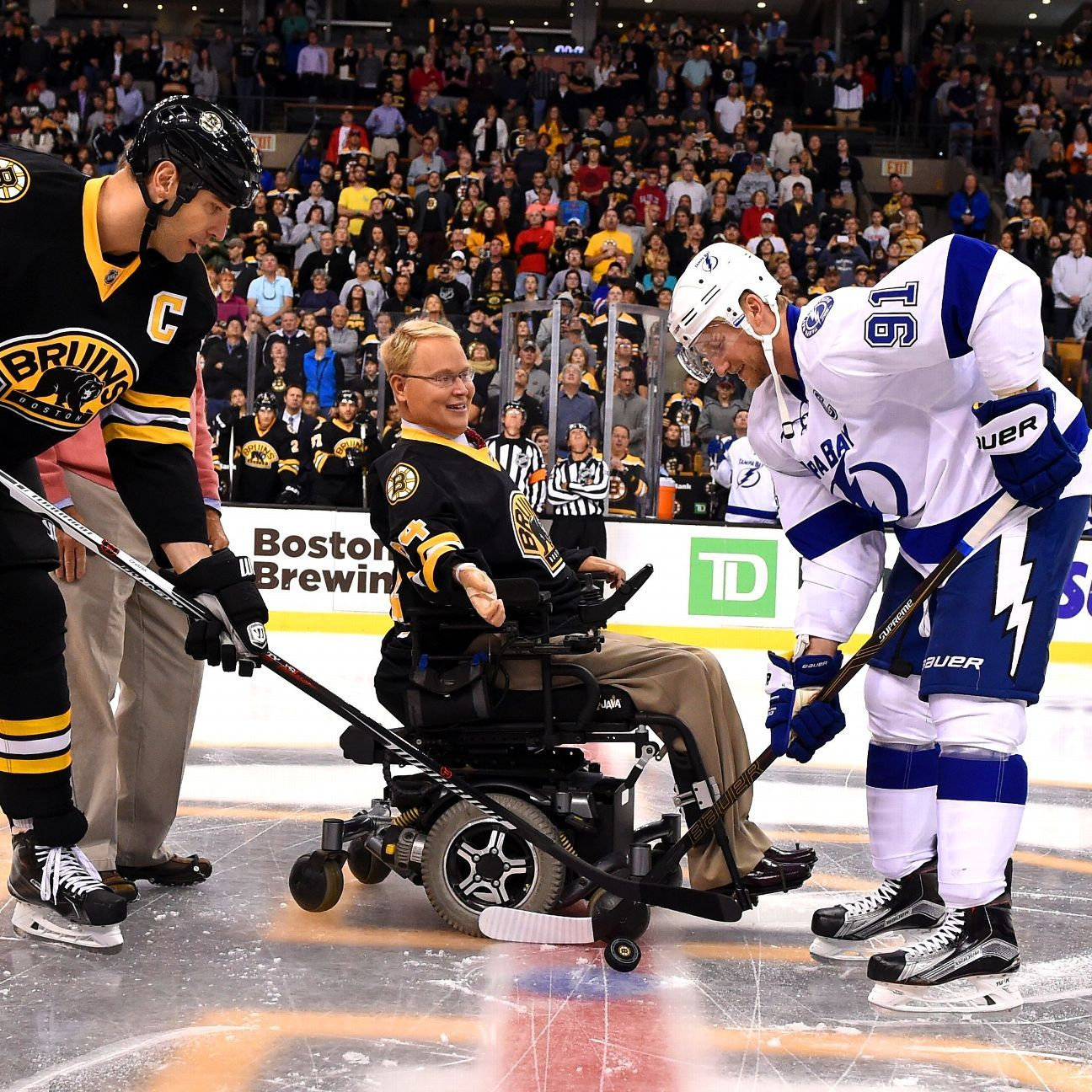 Boston Bruins, others helping tireless Travis Roy fund spinal-cord research
