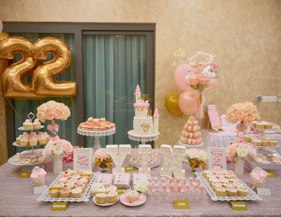 Pink White Gold Birthday Lee Yin S 22nd Elegant Theme Birthday Party Catch My Party 22 Birthday Decorations Champagne Birthday Gold Birthday Party