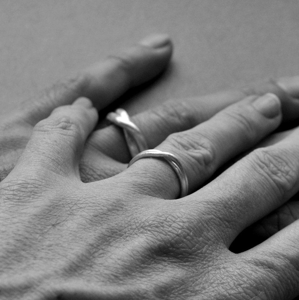 Infinity Ring Wedding Set BW Valentines Day Epheriell Gift Ideas