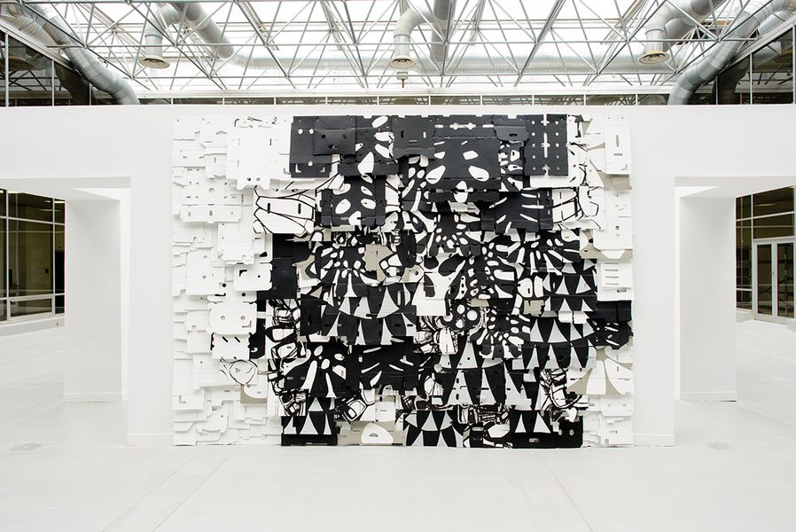 2015 Installation Acrylic on cardboard