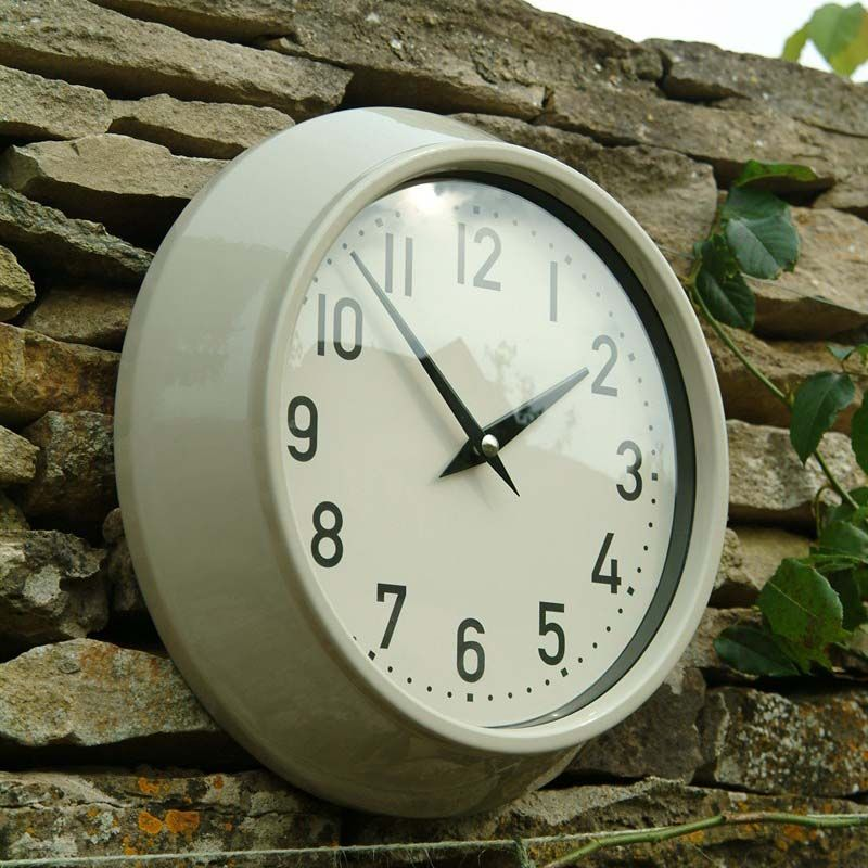 This Practical And Stylish Outdoor Clock Is Perfect For Your Patio Area,  Shed Or Garden