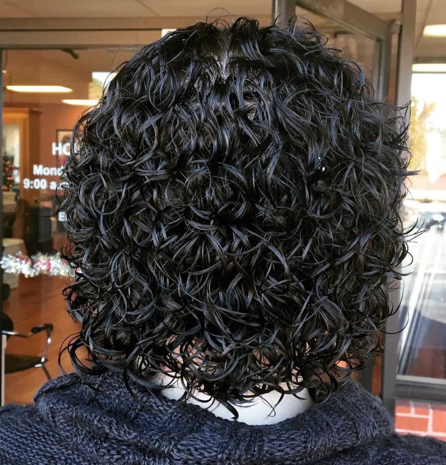 50 Gorgeous Perms Looks Say Hello To Your Future Curls Permed Hairstyles Perm Curls Hair Styles