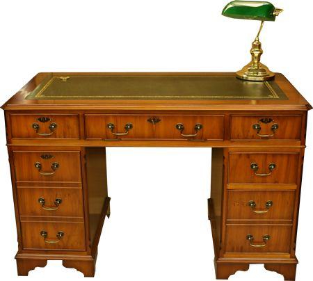 Sadly The Bankers Lamp Fell Off Bankers Desk Lamp Victorian Desk Pedestal Desk