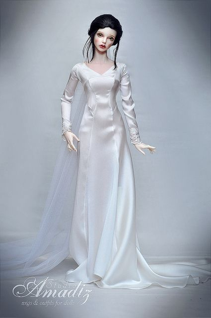 Bella Swan wedding dress | Bella swan