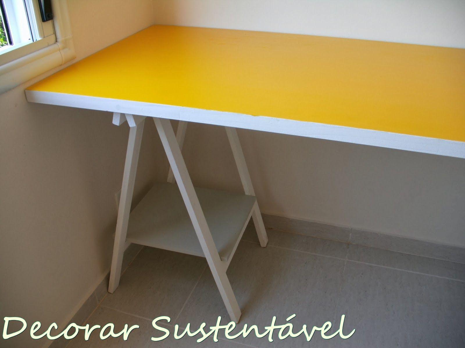 decorar sustentável: Home office feito com porta e cavaletes (editado)