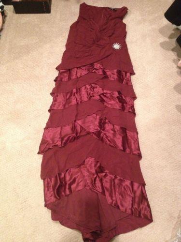 Beautiful Tadashi Collection Wine Silk Ruffle Holiday Evening Gown Dress Size 14