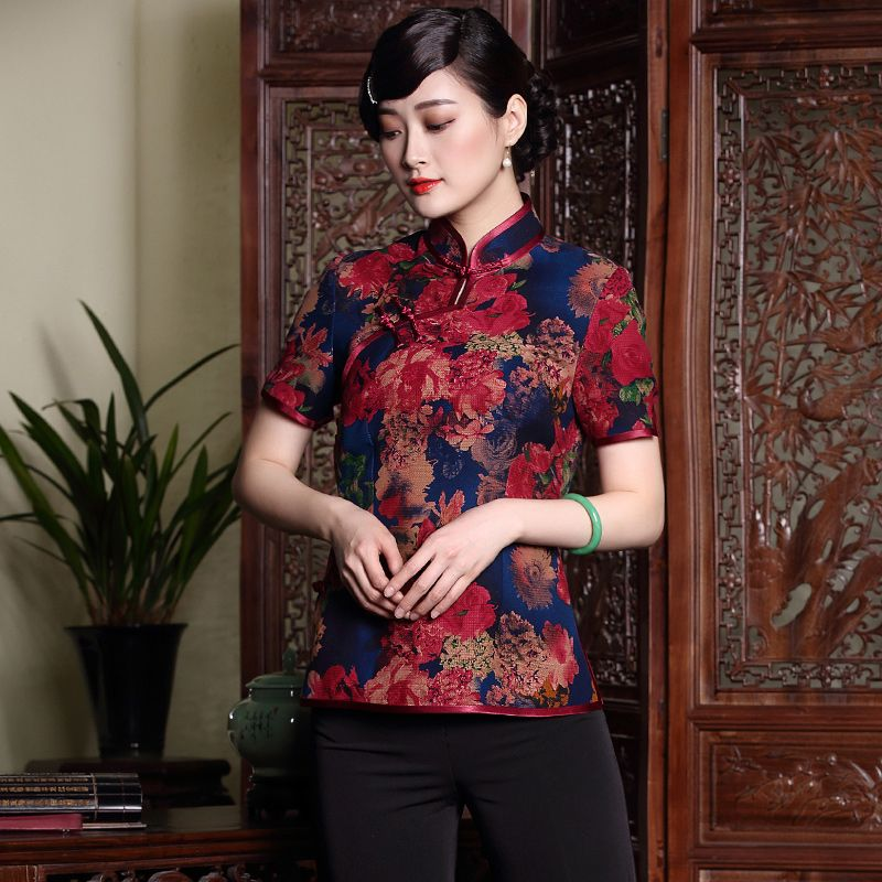 Cheongsam silk oriental dress            https://www.ichinesedress.com/