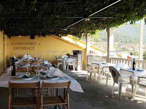 Terraza Albergue Turistico Pension Y Restaurante Aguncheiro En Mougas Pontevedra Restaurantes Terrazas