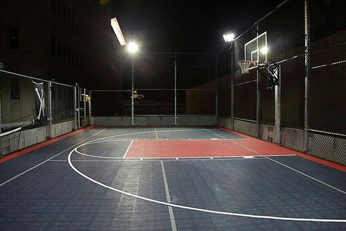 Roof Top Basketball Court On The Rocks Outdoor