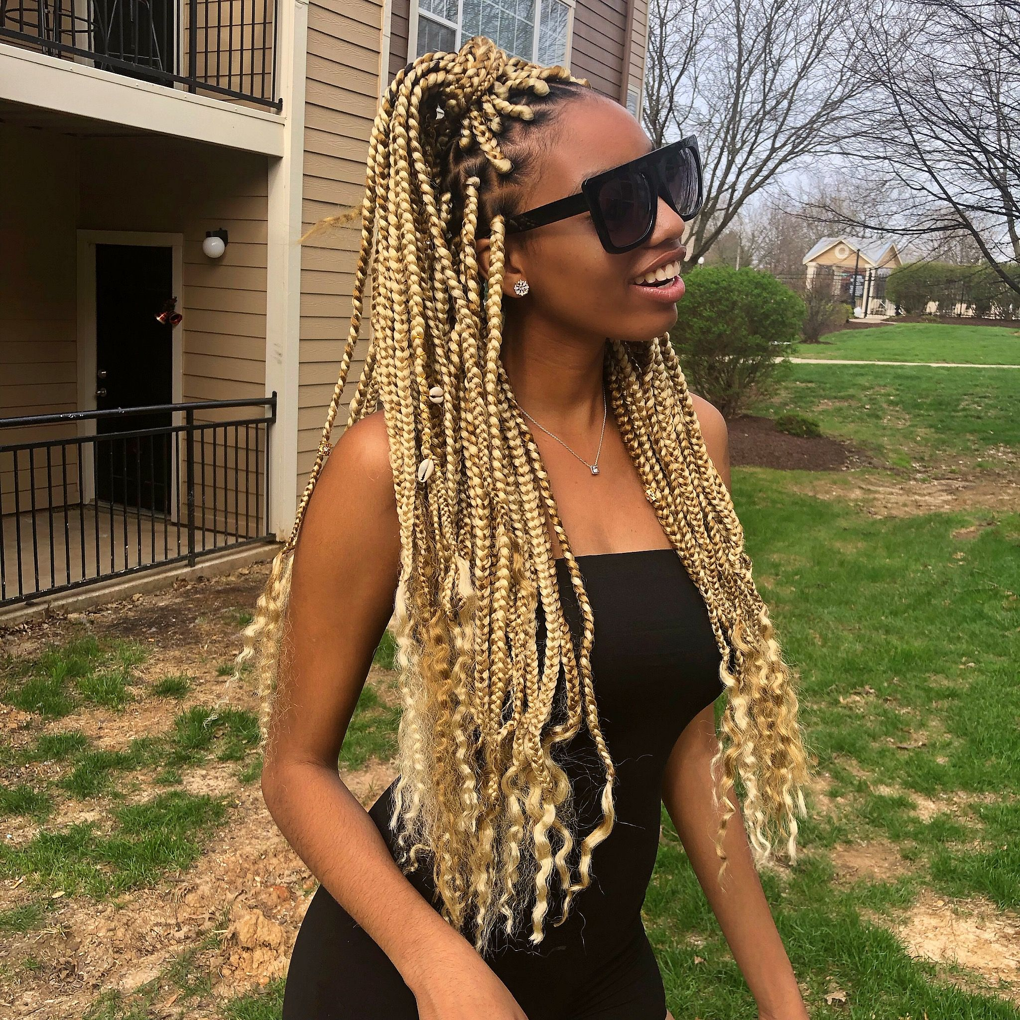 613 27 Color Mix With Curly Ends For A Boho Look Black Hair With