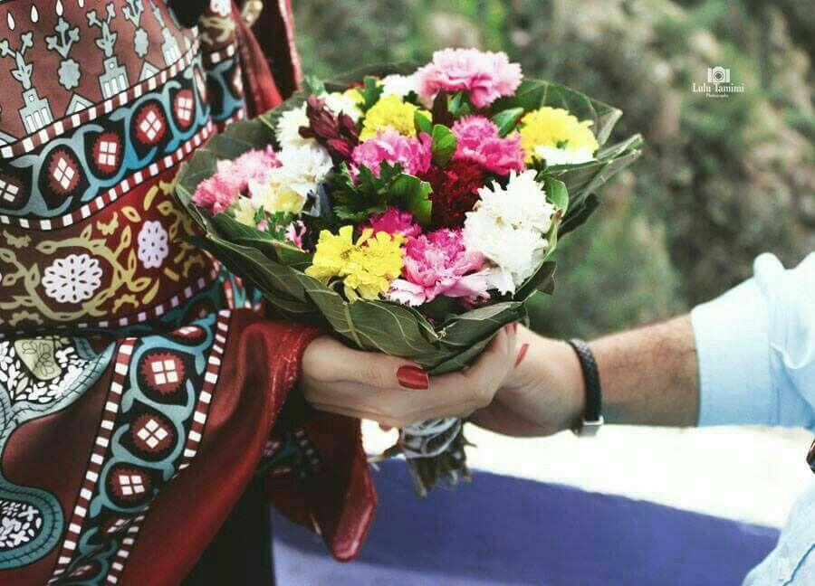 بنت السعيدة طلتك تسعد الروح دامك على اصول اليمن تربيتي يا بنت قلبي لك ع طول مفتوح انتي الوحيدة ذي بقلبي سكنتي Yemeni Clothes Girly Girl Fashion