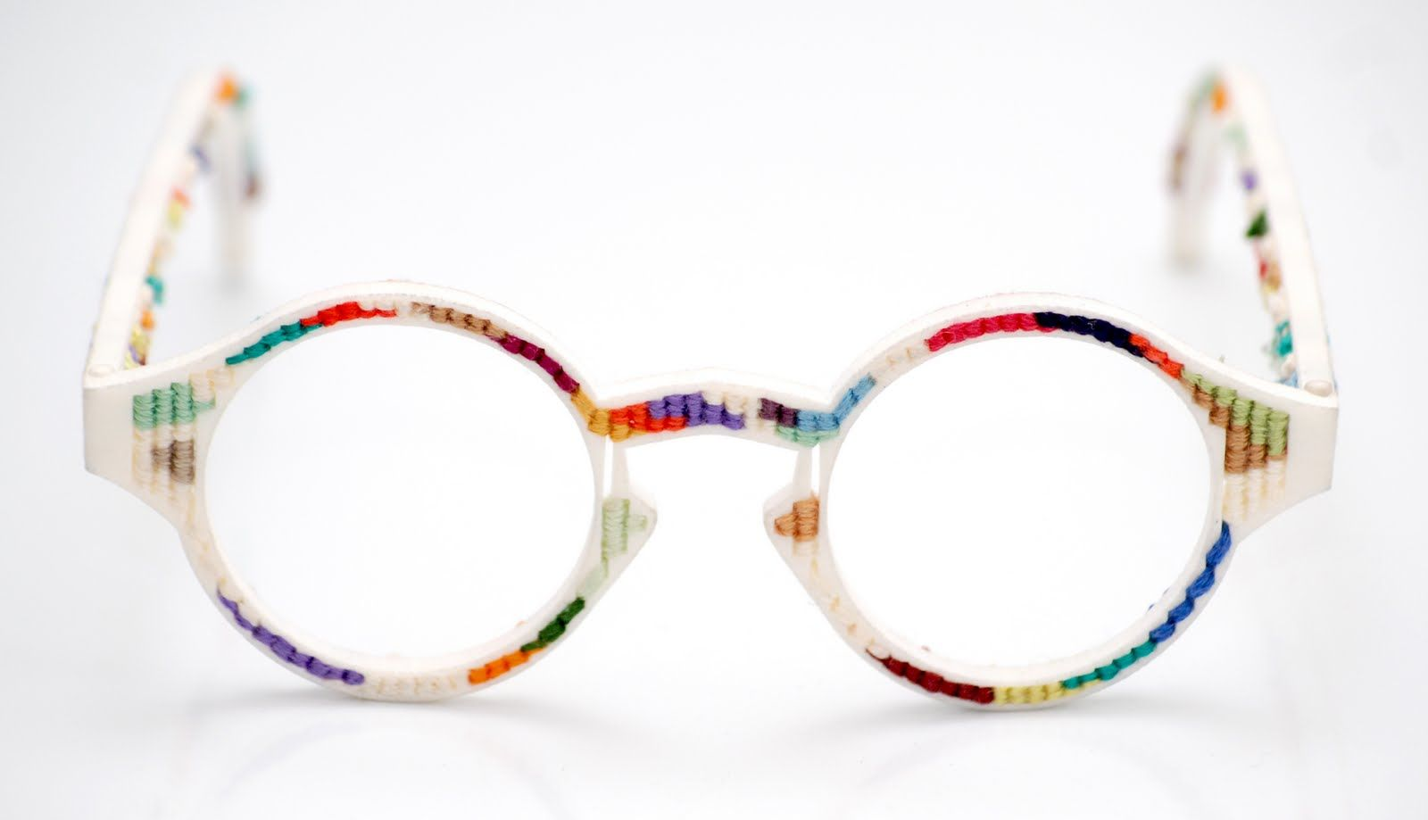 3D Printed Glasses with yarn weaved through holes | Products I Love ...