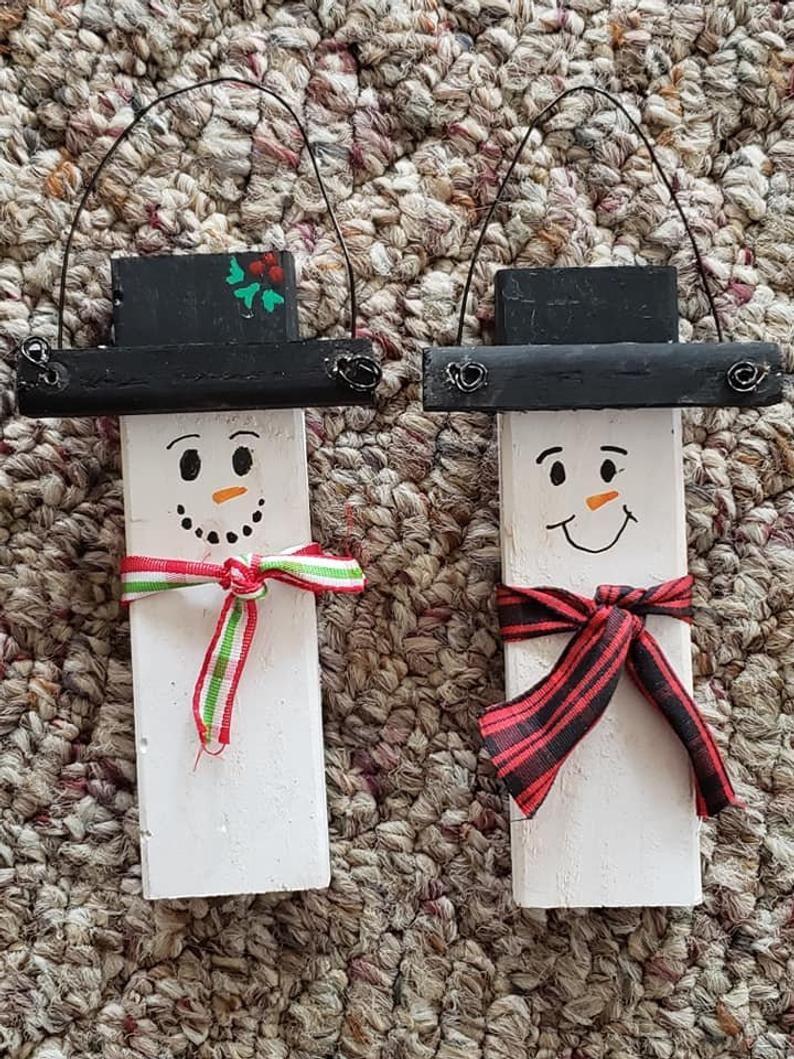 Set Of 3 Handmade Wood Snowman Christmas Tree Ornaments Etsy Wood Snowman Snowman Christmas Tree Christmas Tree Ornaments