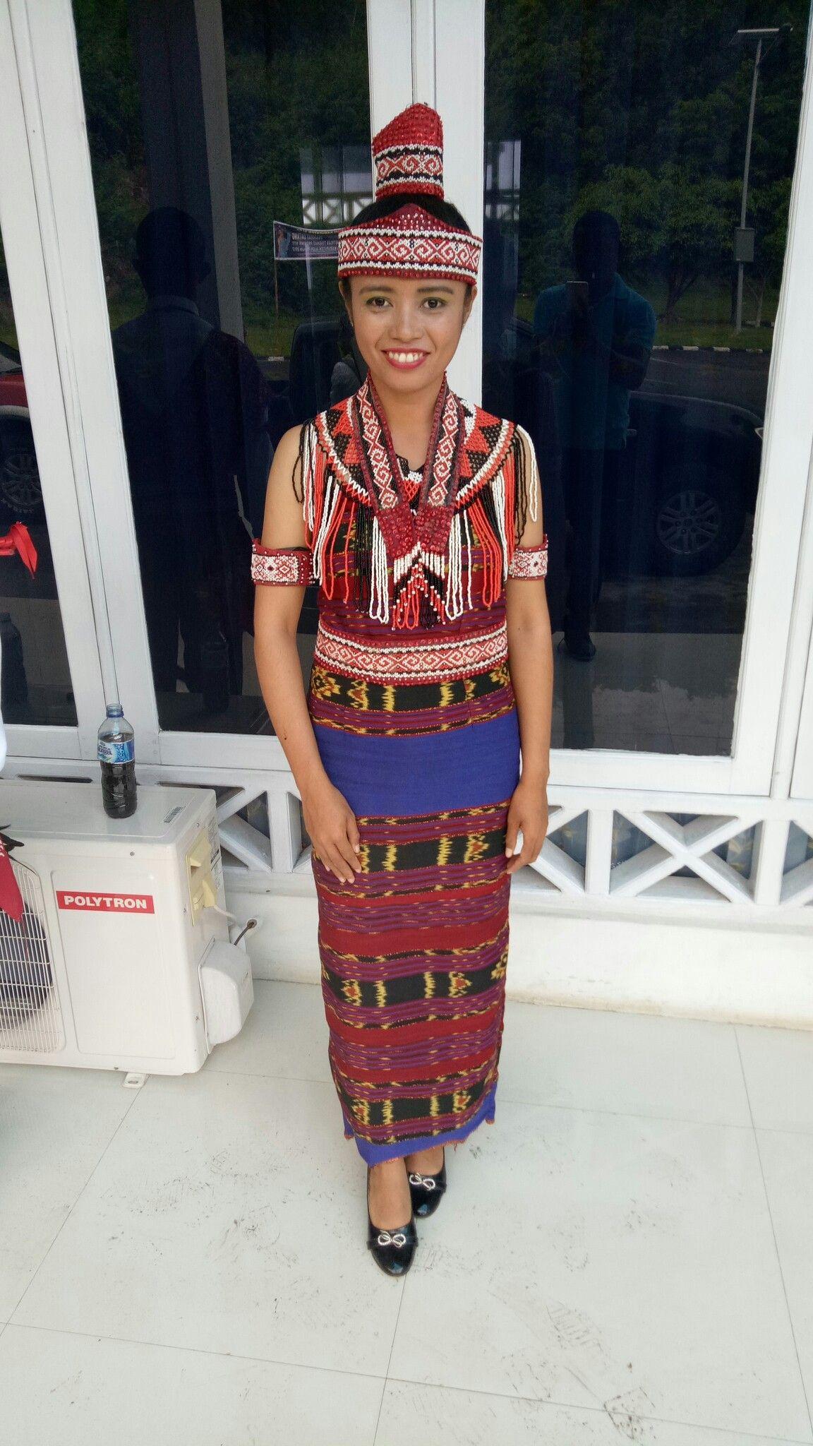 Pakaian Adat Manggarai Timur