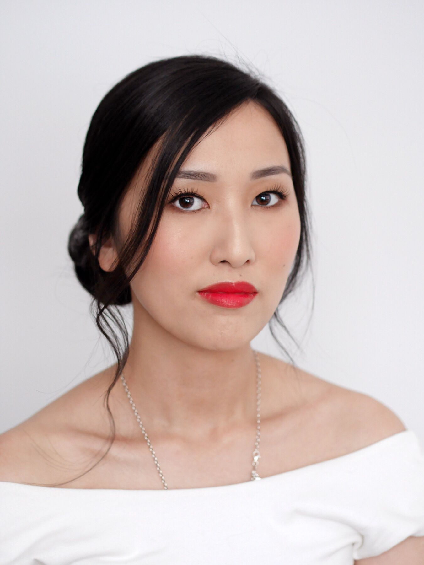 natural makeup for Asian paired with a red lip. makeup by Zoe Zhu www.zoezhu.com.au