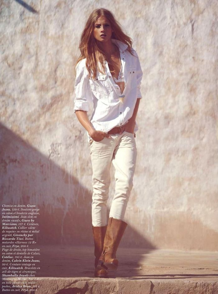 loose white shirt, white jeans + brown boots. awesome.