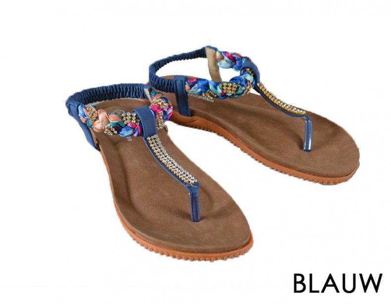 iDiva | Trendy Ibiza Style Slippers