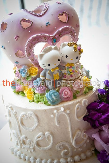 12++ Hello kitty and dear daniel wedding cake topper trends