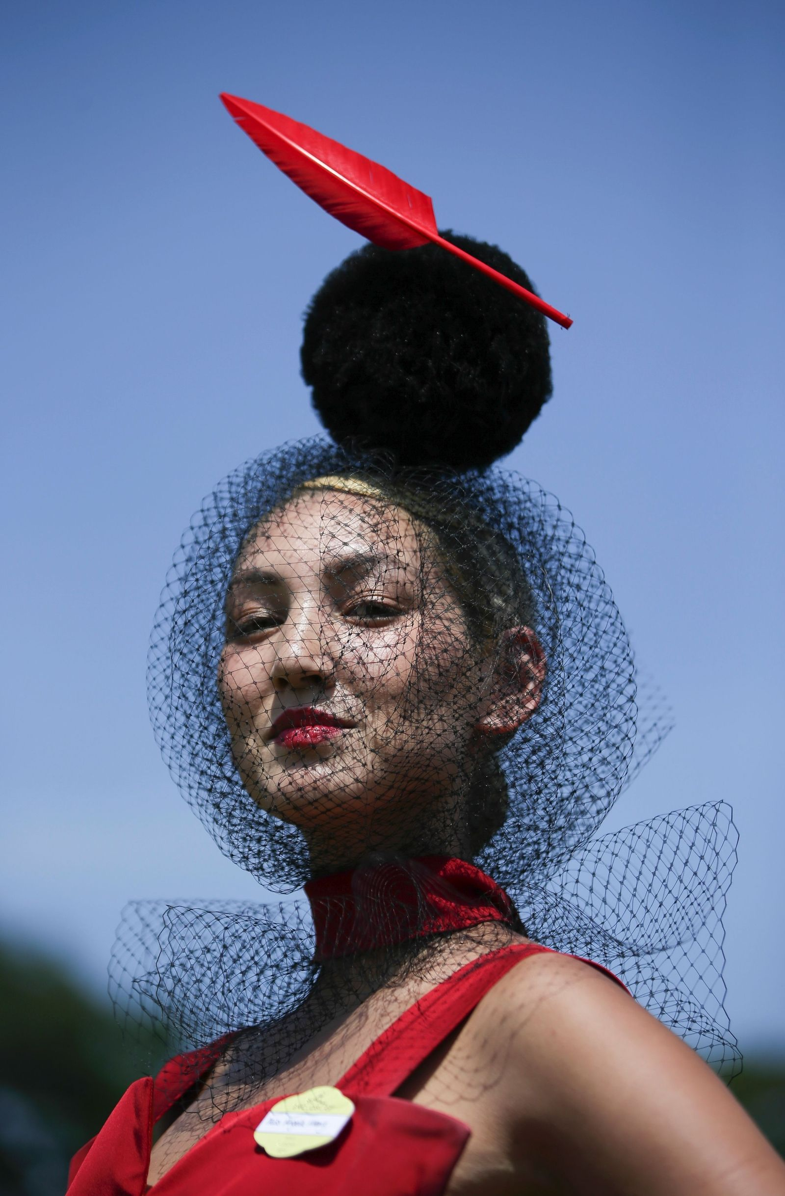 7a1755fdf The Most Outrageous Hats from the Royal Ascot | chapeau | Royal ...