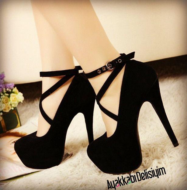 Siyah Süet Çapraz Bantlı Yüksek Topuklu Platform Ayakkabı