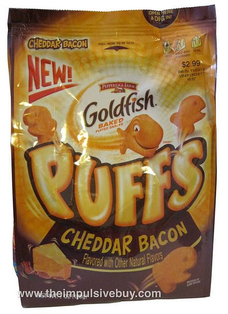 REVIEW: Pepperidge Farm Cheddar Bacon Goldfish Puffs