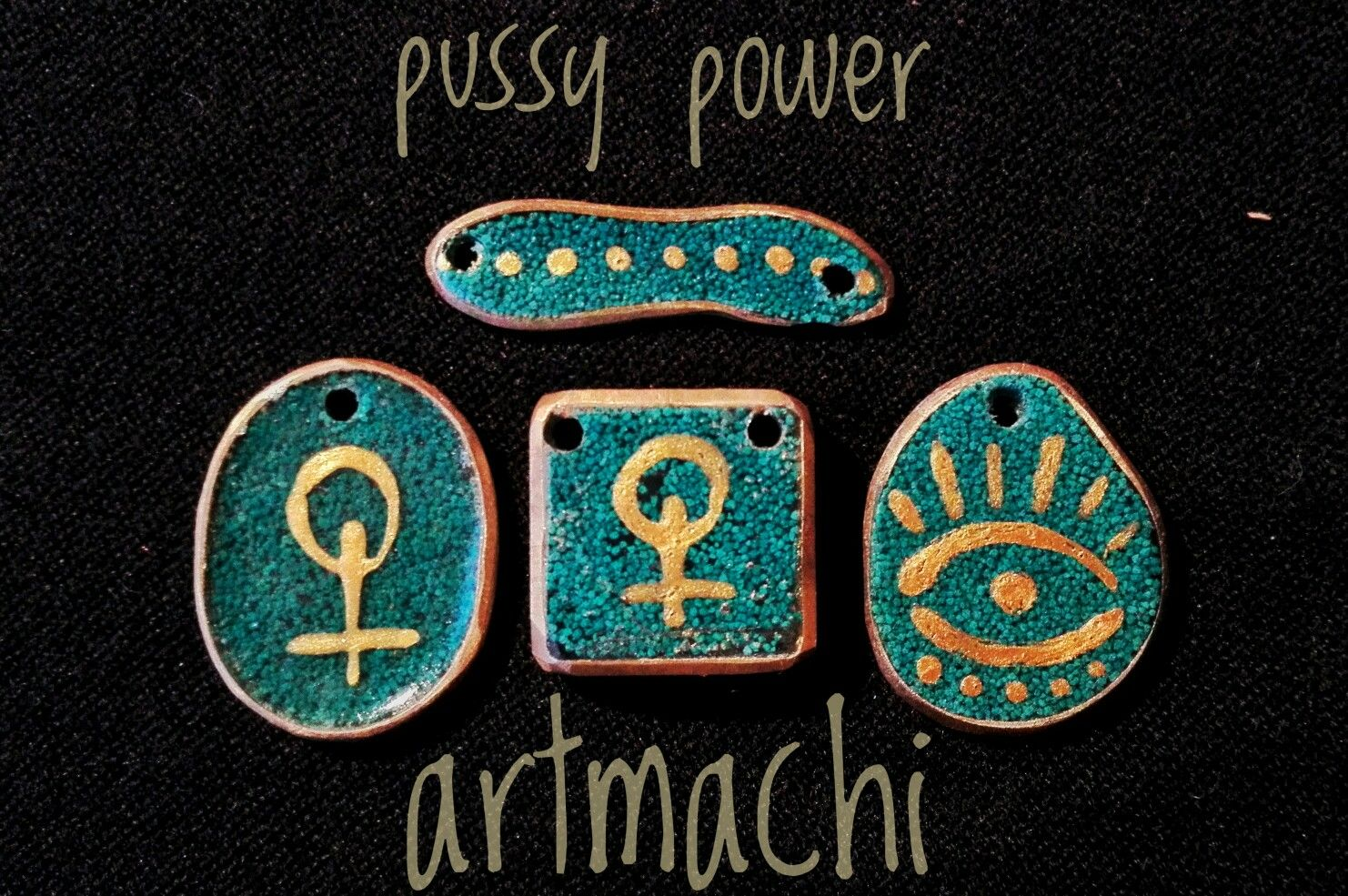 Pussy power feminist jewel. Resin, brass and golden acrilic paint handmade resin jewels by artmachi