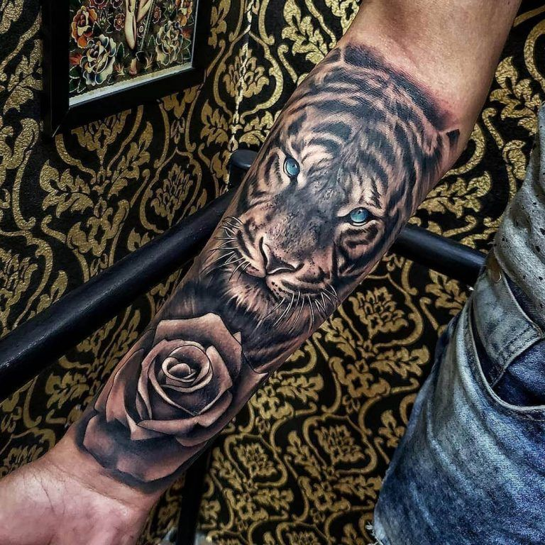 15 Best Tiger And Rose Tattoo Designs Petpress In 2020 Tiger Tattoo Sleeve Rose Tattoo Design Animal Tattoos For Men