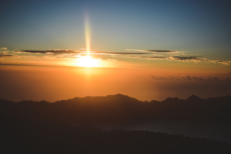 http://www.skinnybelle.com/bali-sunrise-hike/