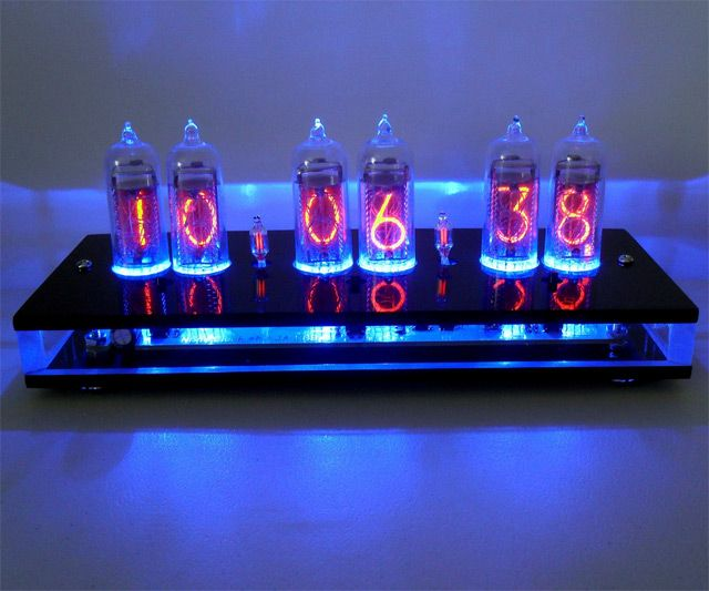 six digit nixie tube clock dude i want that july 2012 pinterest uhren m bel and design. Black Bedroom Furniture Sets. Home Design Ideas