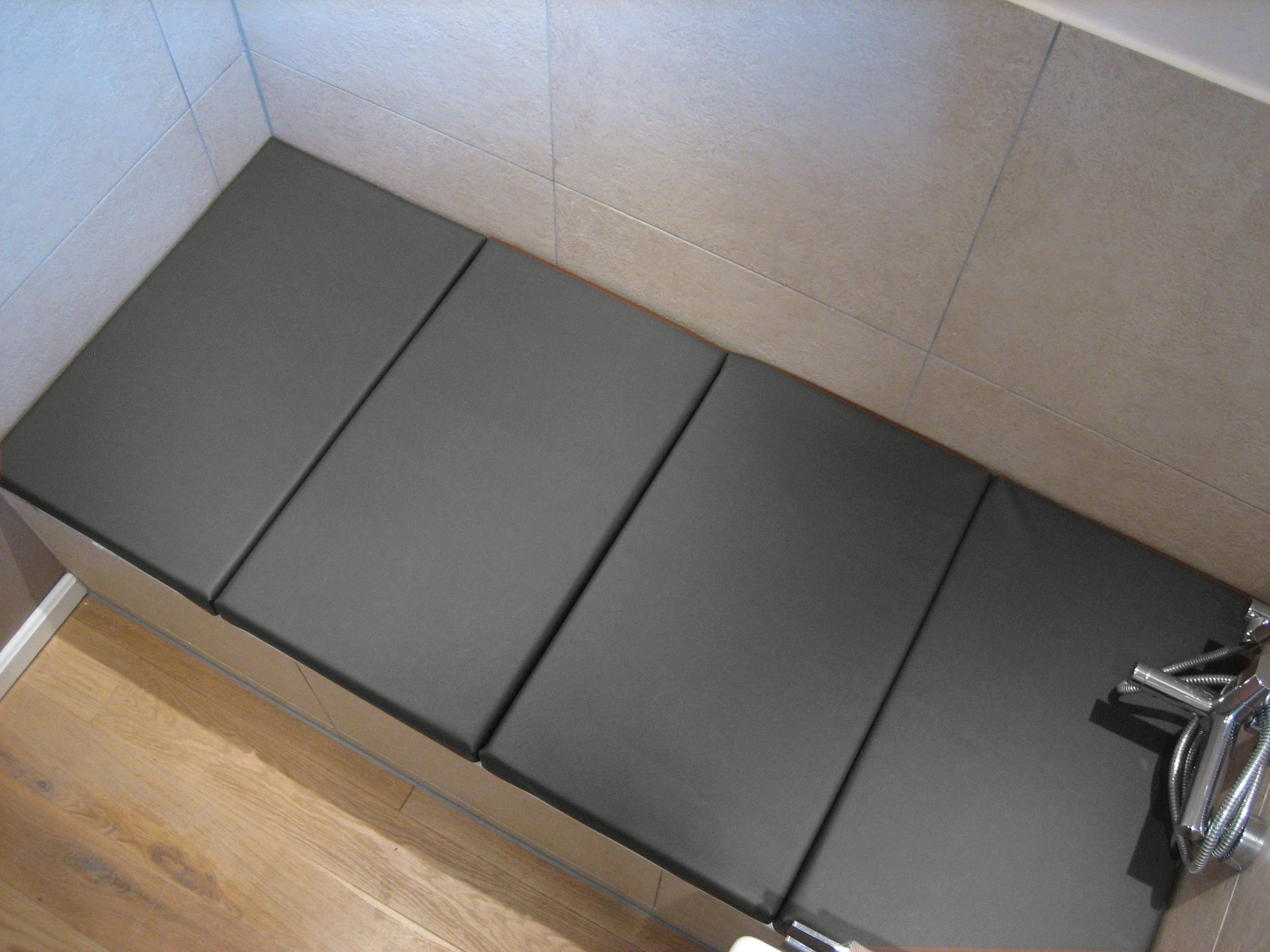 relaxliege f r badewanne auf ma bathroom pinterest relaxliege badewannen und b der. Black Bedroom Furniture Sets. Home Design Ideas