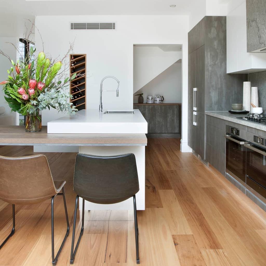 Caesarstone 6011 Intense White Luxury Kitchen Design Modern