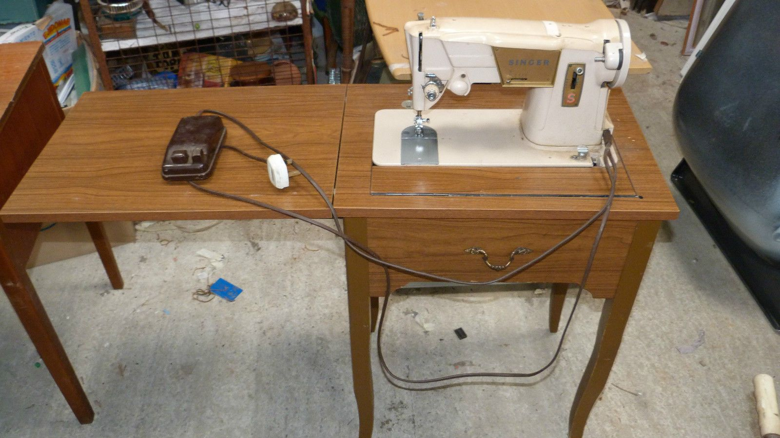 Vintage Singer Sewing Machine Electric In Mdf Cabinet Working 4039 Ebay