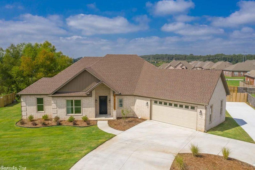 5700 Hummingbird Ln, Jacksonville, AR 72076 House styles