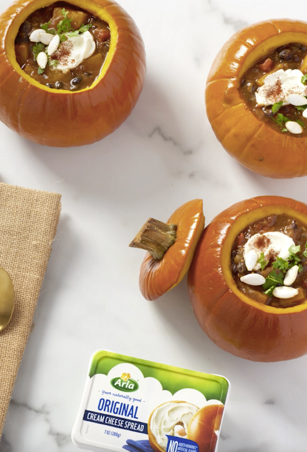 Build your own Pumpkin Chili Bowl with your favorite chili