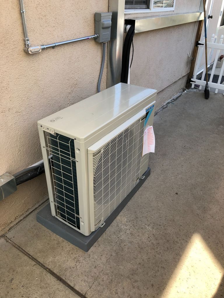 Ductless minisplit air conditioners Energy efficient