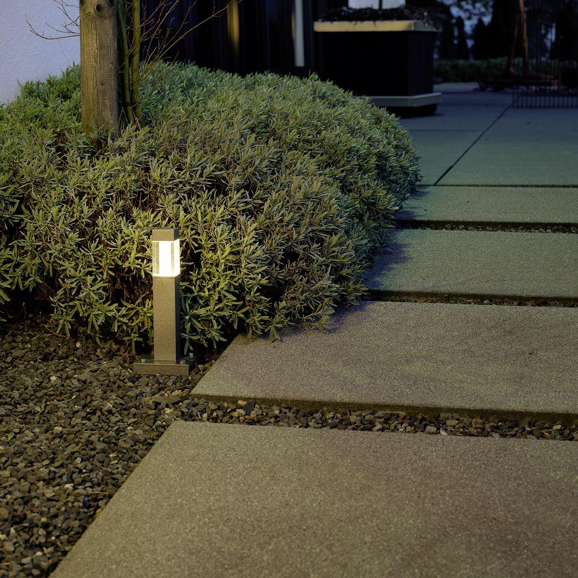 620583 Albert Led Sockelleuchte Das Quadrat Der Wurfel Kubisch In Der Architektur Up To Date Hier Als Leuc Licht Im Garten Aussenbeleuchtung Gartenbeleuchtung
