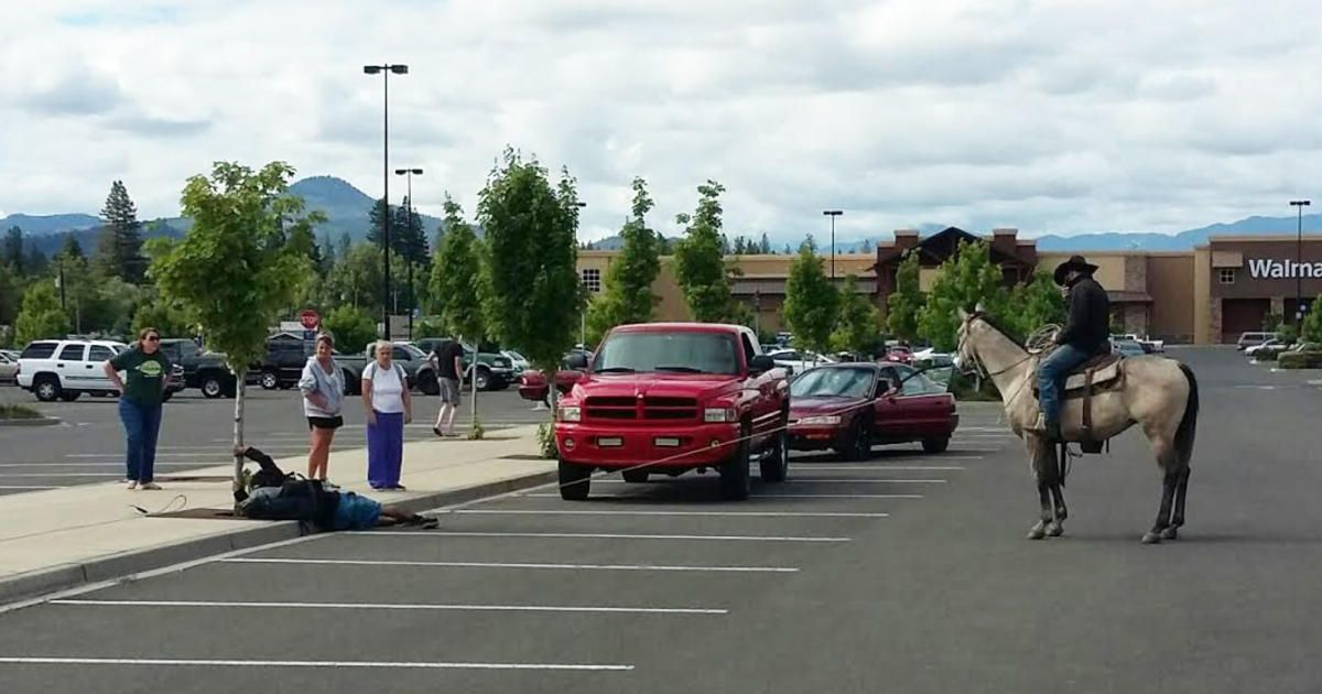 Oregon Cowboy Lassoes Attempted Bike Thief On The Road With