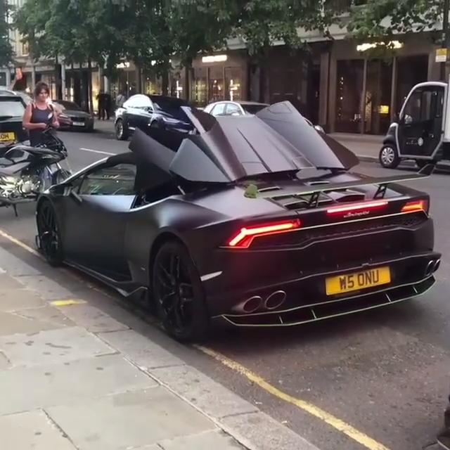 Lamborghini Huracan Spyder #lamborghinihuracan