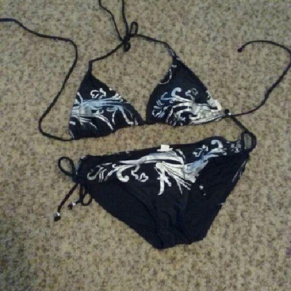 Sliver and black bathing suit Good condition,  top is M, bottoms S Xhilaration Swim Bikinis