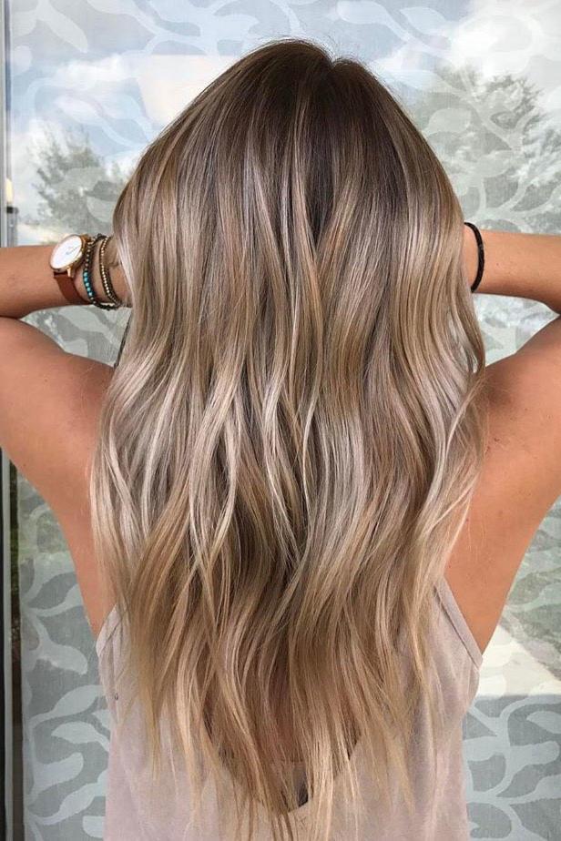 40 Inspirations De Balayage Coiffures Mode Et Beaute Zenidees Coiffure Balayage Cheveux Bruns Blonds Coiffure Mode