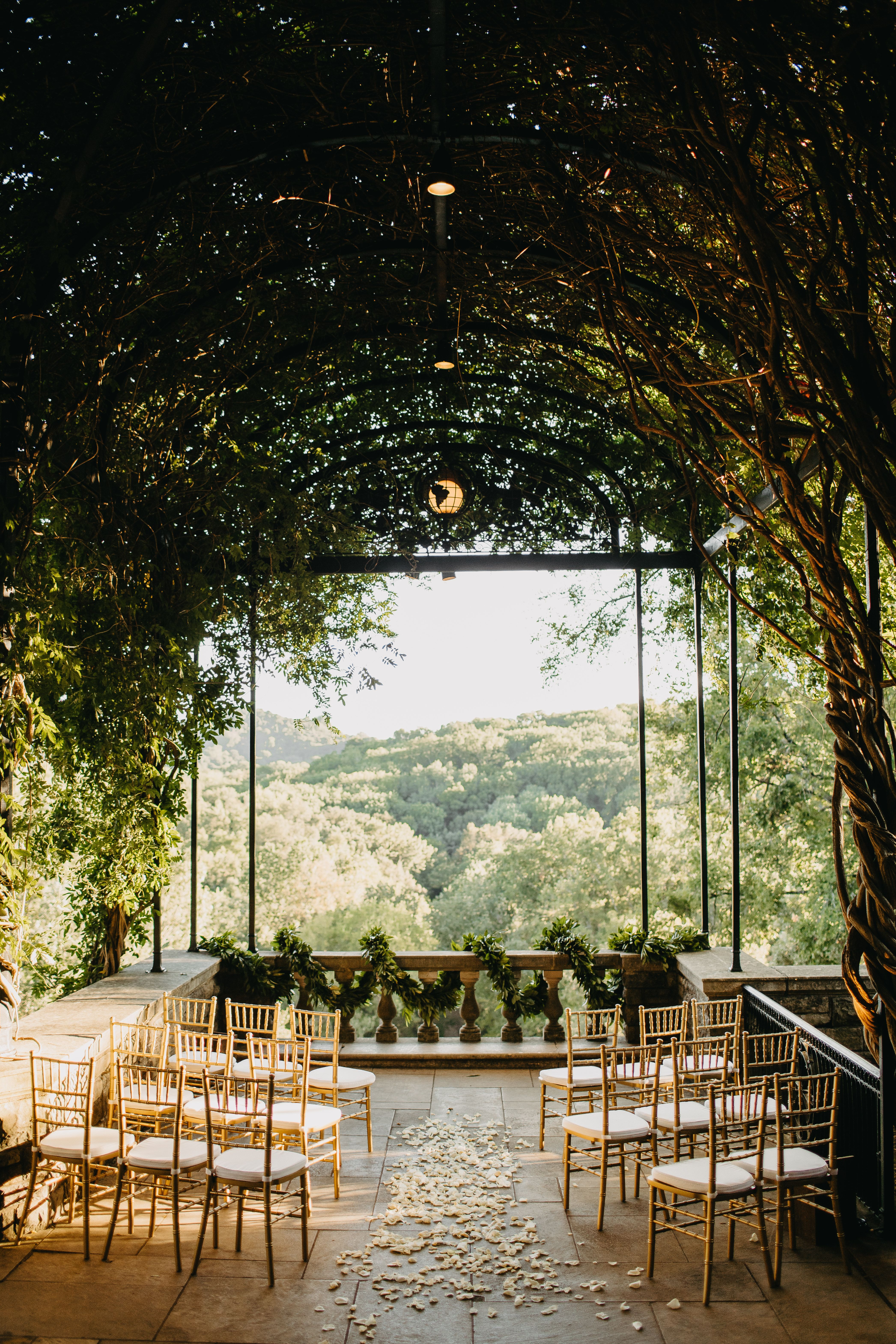 Pin By Paulina Anggraini On Wisteria Arbor Ceremony Reception September Nashville Wedding Venues Outdoor Wedding Venues Tennessee Wedding Venues