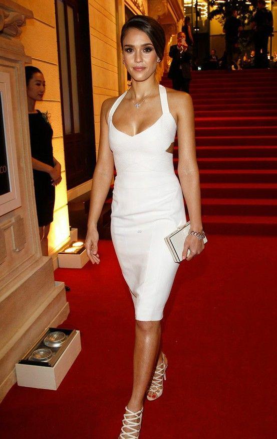 ecbb0e0fa0c Jessica Alba  white sexy dress heels  hair