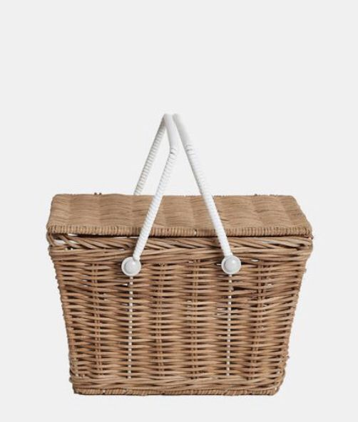 Pin By Busymamalovin Tc On Maren S Room Picnic Basket