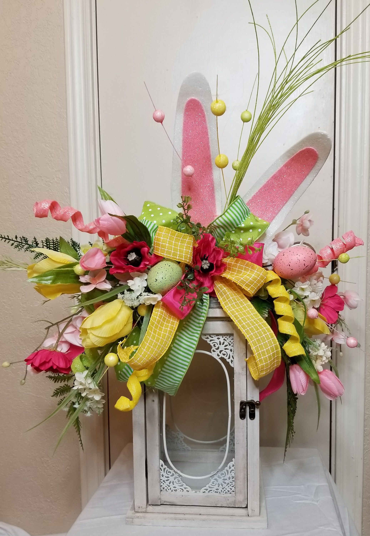 Lantern swag~Easter lantern swag~Spring lantern swag~floral lantern swag~Lantern decor~Lantern floral decor~Easter floral decor