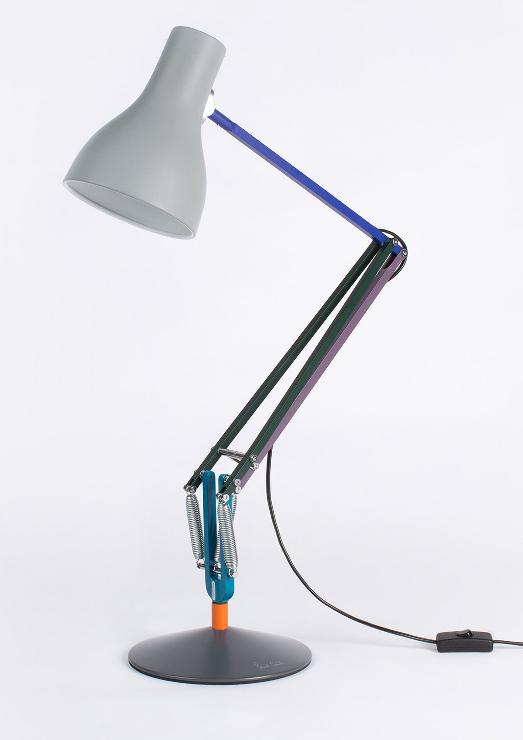 Paul smith designs second edition of popular anglepoise type desk
